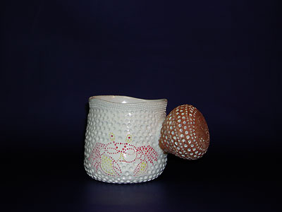 マグカップ(海綿・蟹)の写真