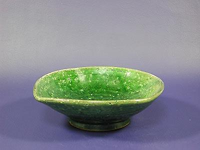 鉢(織部)の写真