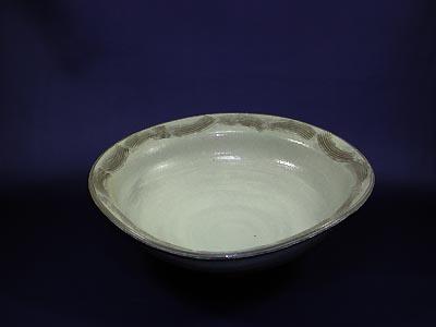 大鉢(粉引)の写真